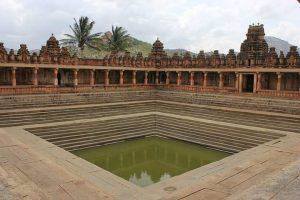 ನಂದಿ ಬೆಟ್ಟದ ಬಳಿ ಇರುವ ನಂದಿ ದೇವಾಲಯದ ಸುಂದರ ಸೊಬಗು10