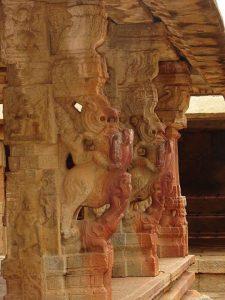 ನಂದಿ ಬೆಟ್ಟದ ಬಳಿ ಇರುವ ನಂದಿ ದೇವಾಲಯದ ಸುಂದರ ಸೊಬಗು5 - Copy