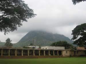 ನಂದಿ ಬೆಟ್ಟದ ಬಳಿ ಇರುವ ನಂದಿ ದೇವಾಲಯದ ಸುಂದರ ಸೊಬಗು7