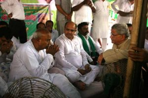 HD Deve Gowda during his hunger strike