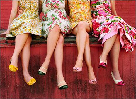 womens-legs-blank-card